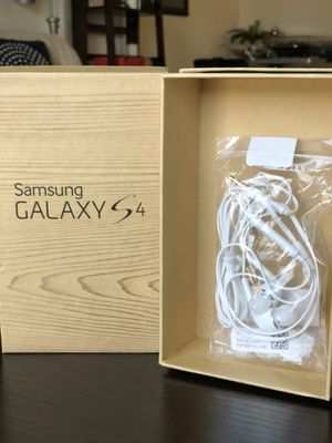 Galaxy phone brand new earbuds for Sale in Stillwater, MN