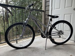 Girl's or Women's Trek Skye SL Hybrid Bicycle for Sale in Austin, TX