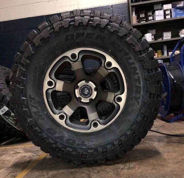 "5 17"" Fuel Beast D564 Black Wheels 35"" Toyo MT Tires Package Jeep Wrangler JK JL"