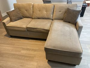 Small Sectional w/ Pillows for Sale in Houston, TX