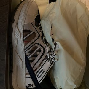 Burberry Shoes And Belt New for Sale in McDonough, GA