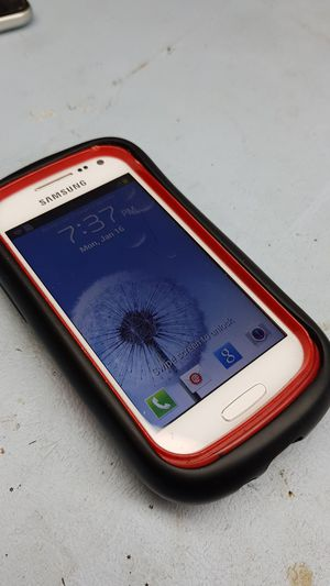 Unlocked Small Samsung Galaxy Phone with a Protective Case CLEAN IMEI ready to use Mexico Africa for Sale in Richardson, TX