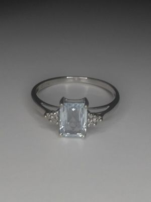 Solid 10k white gold ring size 7 for Sale in Los Angeles, CA