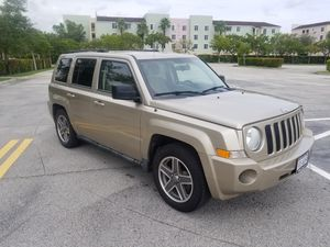 2010 jeep patriot clean title for Sale in Fort Lauderdale, FL