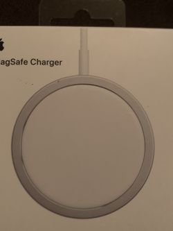 MagSafe Charger for Sale in Nuevo,  CA