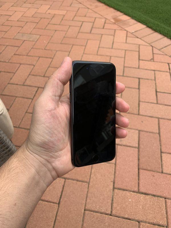 iPhone 8 256 GB unlocked, like new