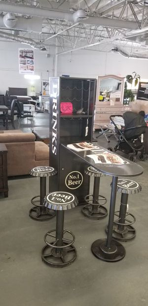 Bar table with 4 barstools for Sale in North Las Vegas, NV