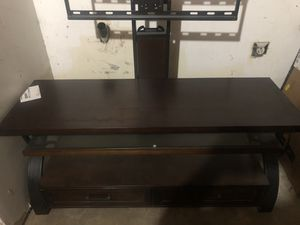 Tv swivel quality wood stand for Sale in Fresno, CA