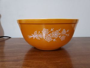 Butterfly gold Pyrex bowl for Sale in Lathrop, CA