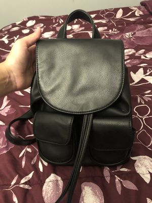Small Black Backpack for Sale in Pomona, CA