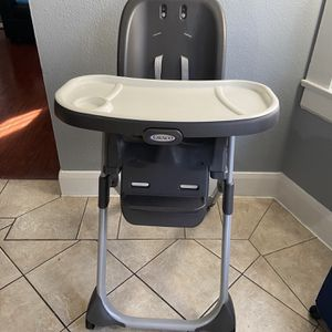 High Chair Graco for Sale in Los Angeles, CA