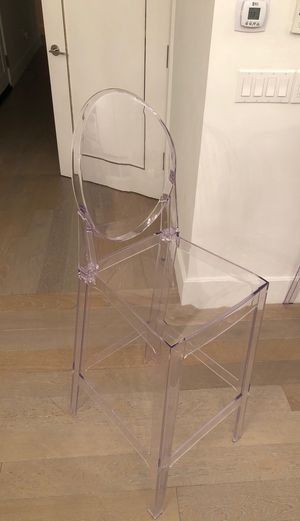 "Lot of 4 chairs - 30"" Seat Height Ghost Chair Bar Stool With Oval Back in Transparent Crystal for Sale in New York, NY"