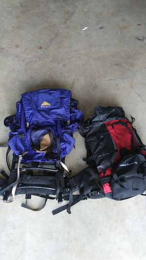 Hiking backpack for Sale in Royal Palm Beach, FL
