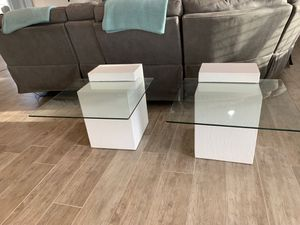 Modern end tables for Sale in Apache Junction, AZ