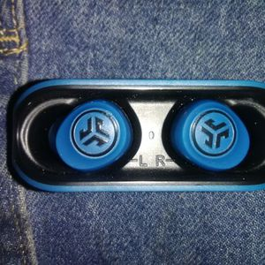 Jlab Go Air Bluetooth Earbuds for Sale in Bristol, CT