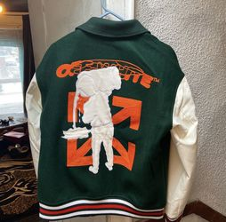 Off White Varsity Jacket Sz Xl Fits Large for Sale in Toledo,  OH