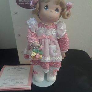 Ashton Drake Precious Moments Love You Bunches Porcelain Doll for Sale in Tampa, FL