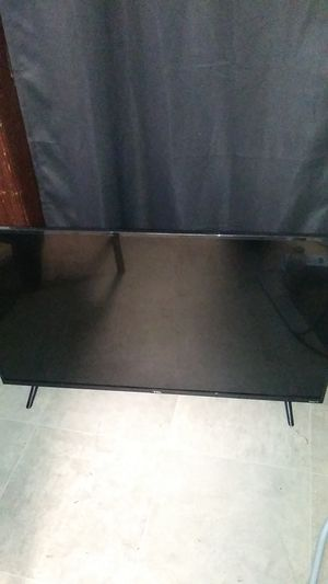 TLC 43 inch used 1month for Sale in Fullerton, PA