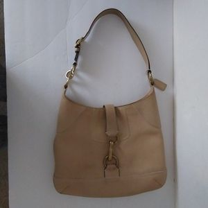 """Coach Hobo Bag Pebble Leather 14""""X10.5"""" #L0693-10210 for Sale in Forest Park, IL"""