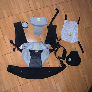 Lillie baby airflow carrier for Sale in Pembroke Pines, FL
