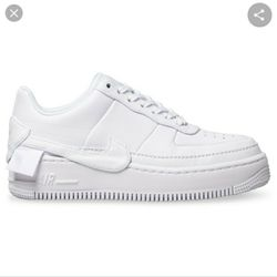 NIKE FORCE 1 SIZE 6 WOMEN for Sale in Highland,  CA
