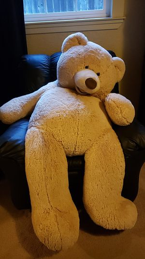 Giant plush teddy bear for Sale in Lodi, CA