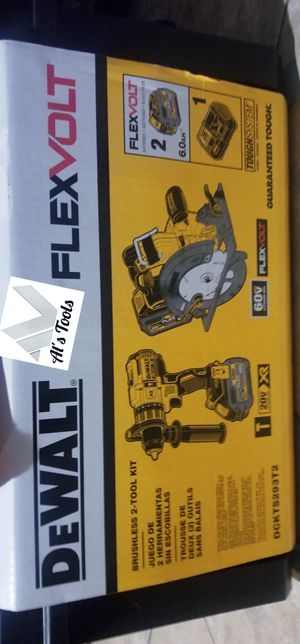 DeWalt flexvolt hammer drill and 7 and 1/4 circular saw with 6.0 batteries, charger and tough box for Sale in Norwalk, CA