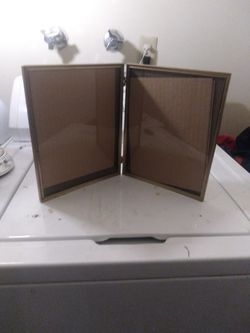 Double Hinged 8x10 Picture Frame for Sale in Yakima,  WA