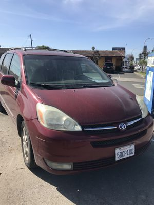 2004 Toyota Sienna XLE Limited Minivan 4D for Sale in Richmond, CA