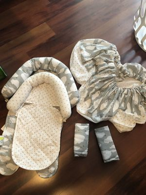 Car seat cover set for Sale in Hazelwood, MO