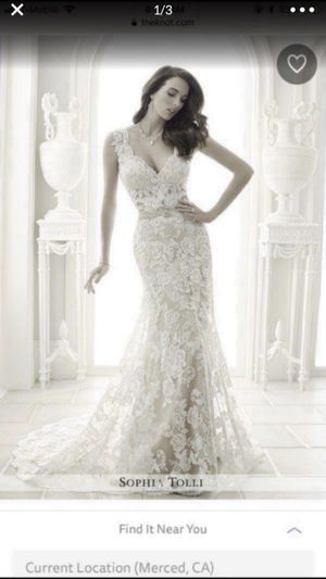 Sophia Tolli Wedding Dress for Sale in Garden Grove, CA