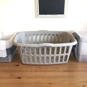 Laundry Basket & Organizing Bins Lot for Sale in Orting, WA