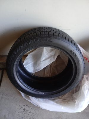 2 new run flat Continental Control Contact Sport SR5 tires 9/32 tread excellent condition no repairs or damage for Sale in Denver, CO