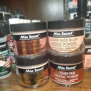 Covers Mia Secret 2 oz for Sale in Hacienda Heights, CA