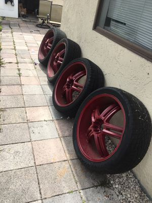 "4 22"" 5 lug Universal rims & tires for Sale in Pompano Beach, FL"