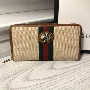 Brand New Gucci Wallet for Sale in Huntington Beach, CA