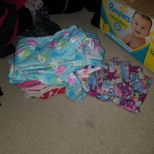 Girls Pajamas 4-6. $5 For All for Sale in Sun City, AZ