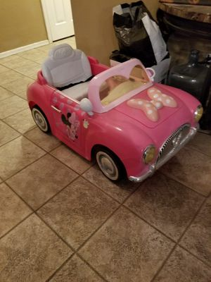 Minnie Mouse 6V 2-seater Convertible! for Sale in Surprise, AZ