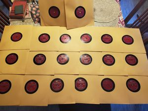 (20) 1940s Frank Sinatra 78s Collection for Sale in Long Beach, CA