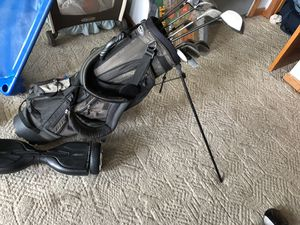 Used men's clubs with bag for Sale in Webster, MA