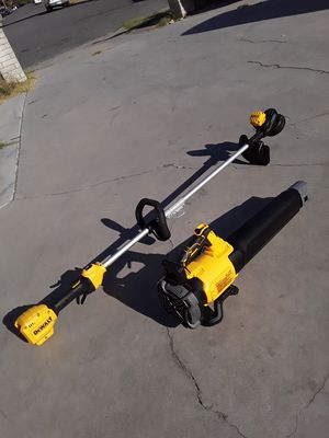 Dewalt 20v cordless blower n weed wacker trimmer combo ( tool only ) for Sale in Garden Grove, CA