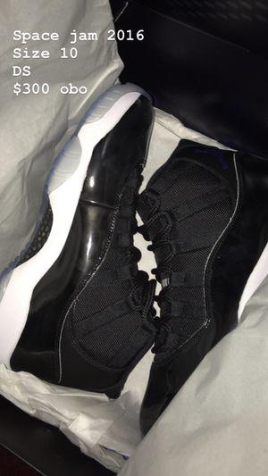 Jordan 11 XI Space Jam 2016 Size 10 for Sale in Pasadena, CA