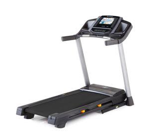 NordicTrack C 800 treadmill 275 CHP for Sale in Los Angeles, CA