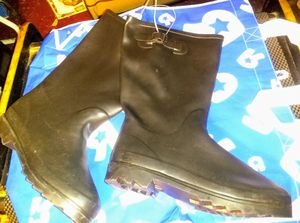 Size 10 women's rain boots for Sale in Chicago, IL