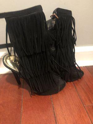 Black fringe size 6 for Sale in Philadelphia, PA