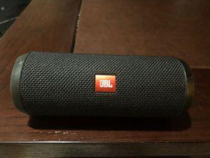 JBL flip 5 speaker for Sale in Wheaton, IL