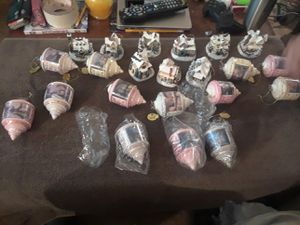 Thomas Kinkade collectible Chrinstmas ornaments for Sale in Groveport, OH