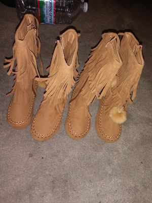 Girls boots for Sale in Akron, OH