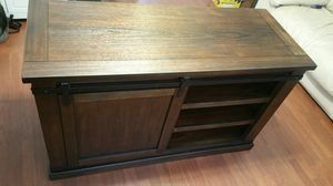 Signature Design tv stand for Sale in Pataskala, OH