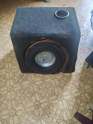 """Subwoofer 10"""" Jensen 450 Watts for Sale in St. Louis, MO"""